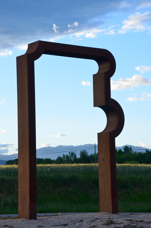 Porta d'Ordis - Escultura d'Alfons Alzamora